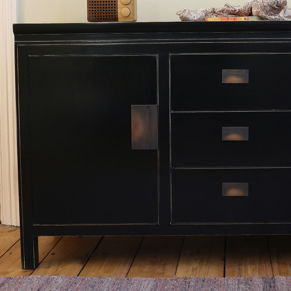 Chinese Black Lacquer Sideboard | 20 Living