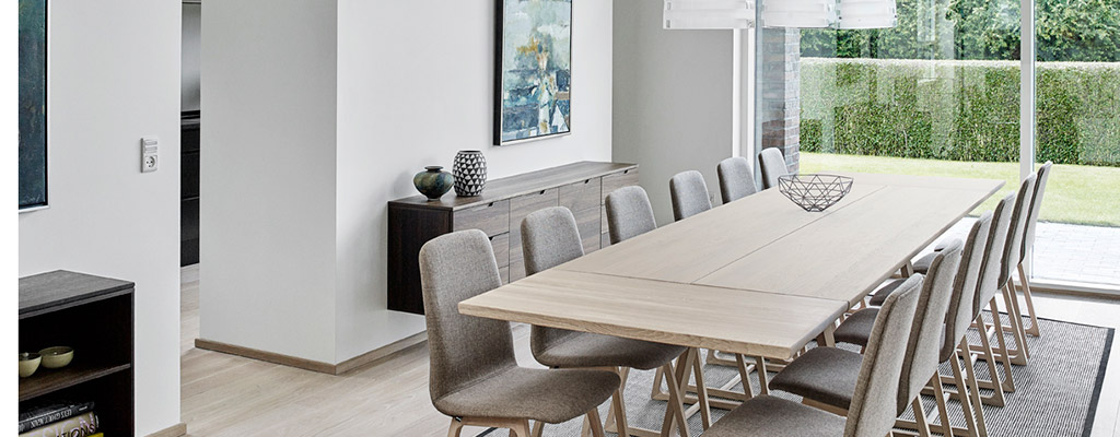 Extra long dining tables extra long dining tables extra for Big modern dining table