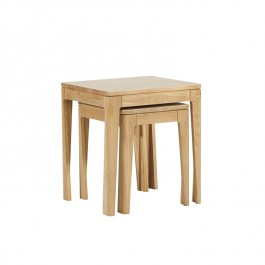 Ava Nest of two Oak Tables