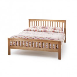 Serene Windsor Oak Bed